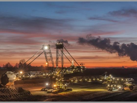 Sonnenuntergang im Tagebau Inden