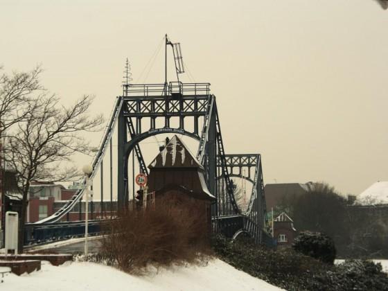 06 KW-Brücke WHV